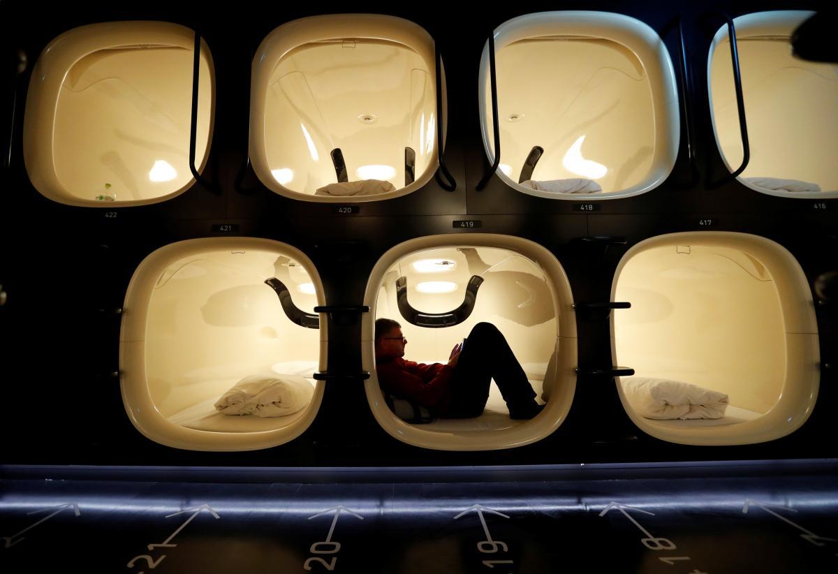 Капсульный отель в Токио (Япония) / Фото REUTERS