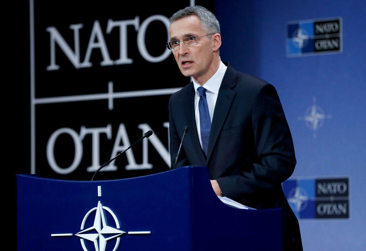 Столтенберг подчеркнул, что НАТО поддерживает постоянный контакт с украинскими должностными лицами / REUTERS