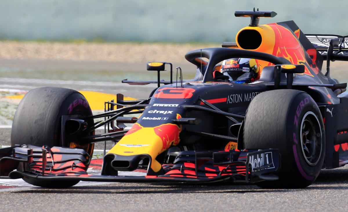 Даниэль Риккардо выиграл гонку Гран-при Китая / Reuters