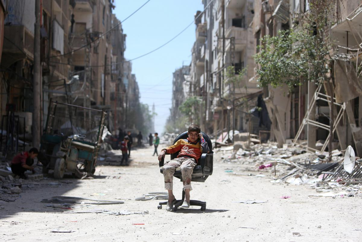 Вулиця в місті Дума, Сирія / REUTERS