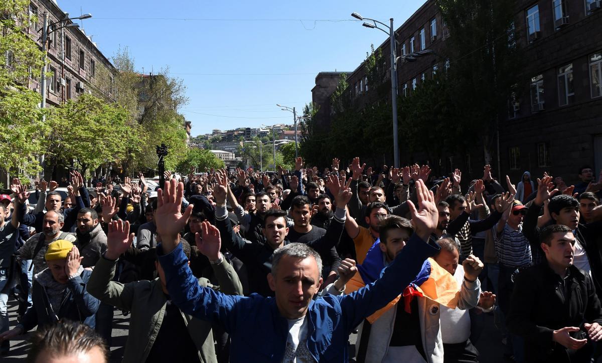Протесты в Ереване / REUTERS