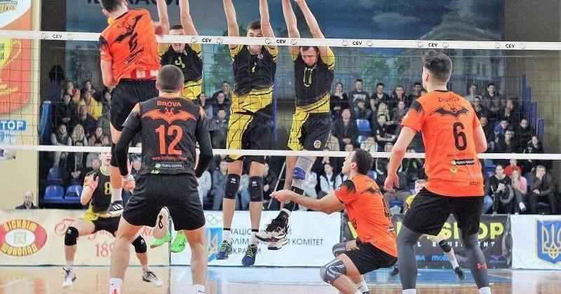Сильнейшие волейбольные команды Украины проведут серию до трех побед / facebook.com/barkomkazhany