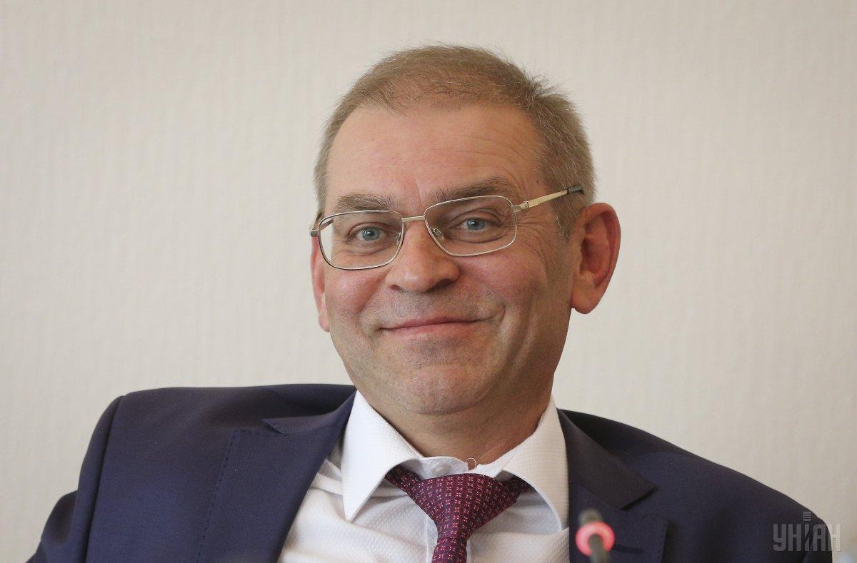 Директор фірми є родичем відомого в фармбізнесі Миколи Кузьми, який в 2014 роцібув помічникомна громадських засадах Сергія Пашинського / фото УНІАН