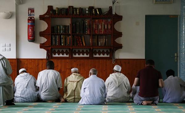 Власти Франции взяли под контроль финансирование мечетей / islam-today.ru