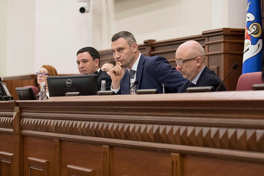 """Кличко назвал """"проблемой"""" скандальное строительство на Спуске"""