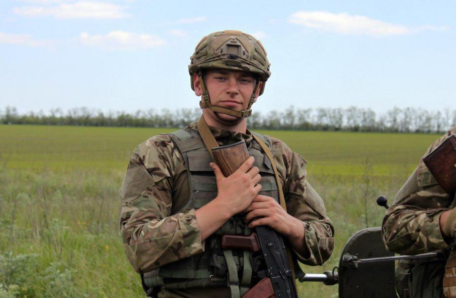 Вгоспитале скончался раненый боец полка «Азов»