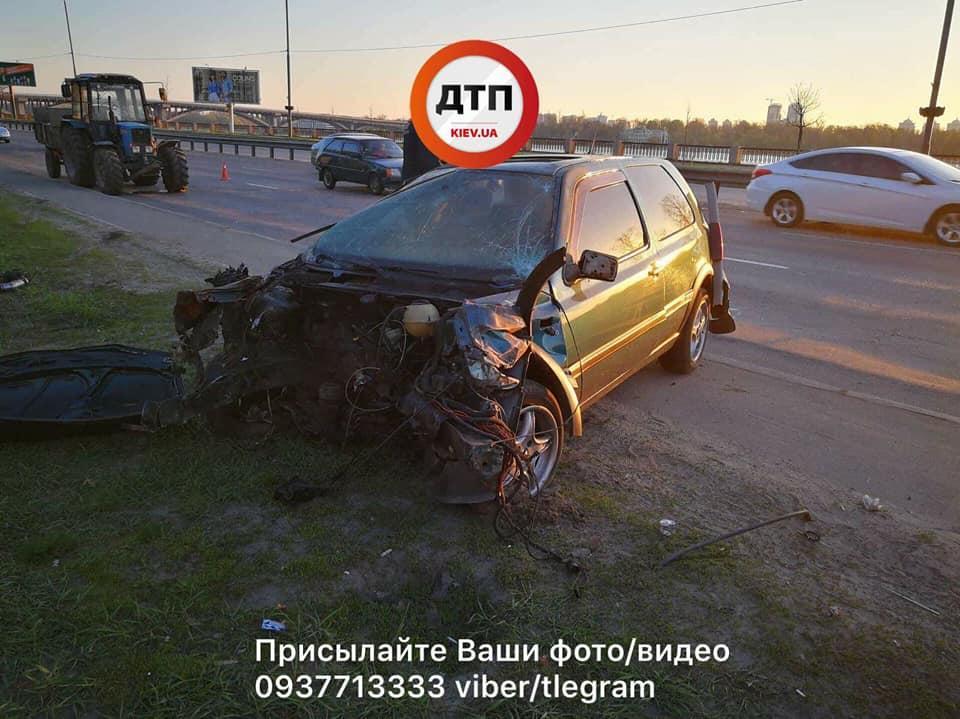 Серьезное ДТП наНабережной: автомобиль уничтожен, есть пострадавшие