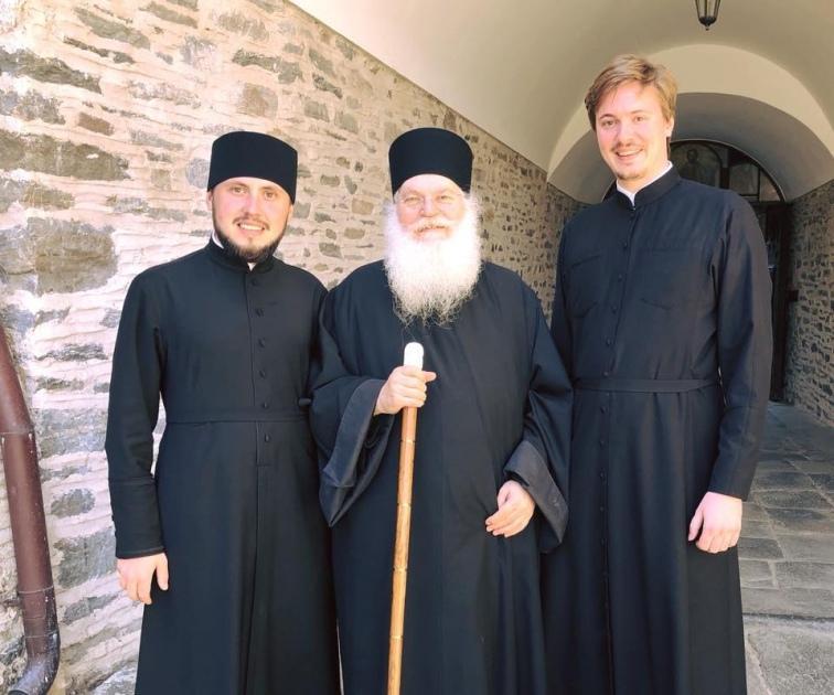 / athos-ukraine.com