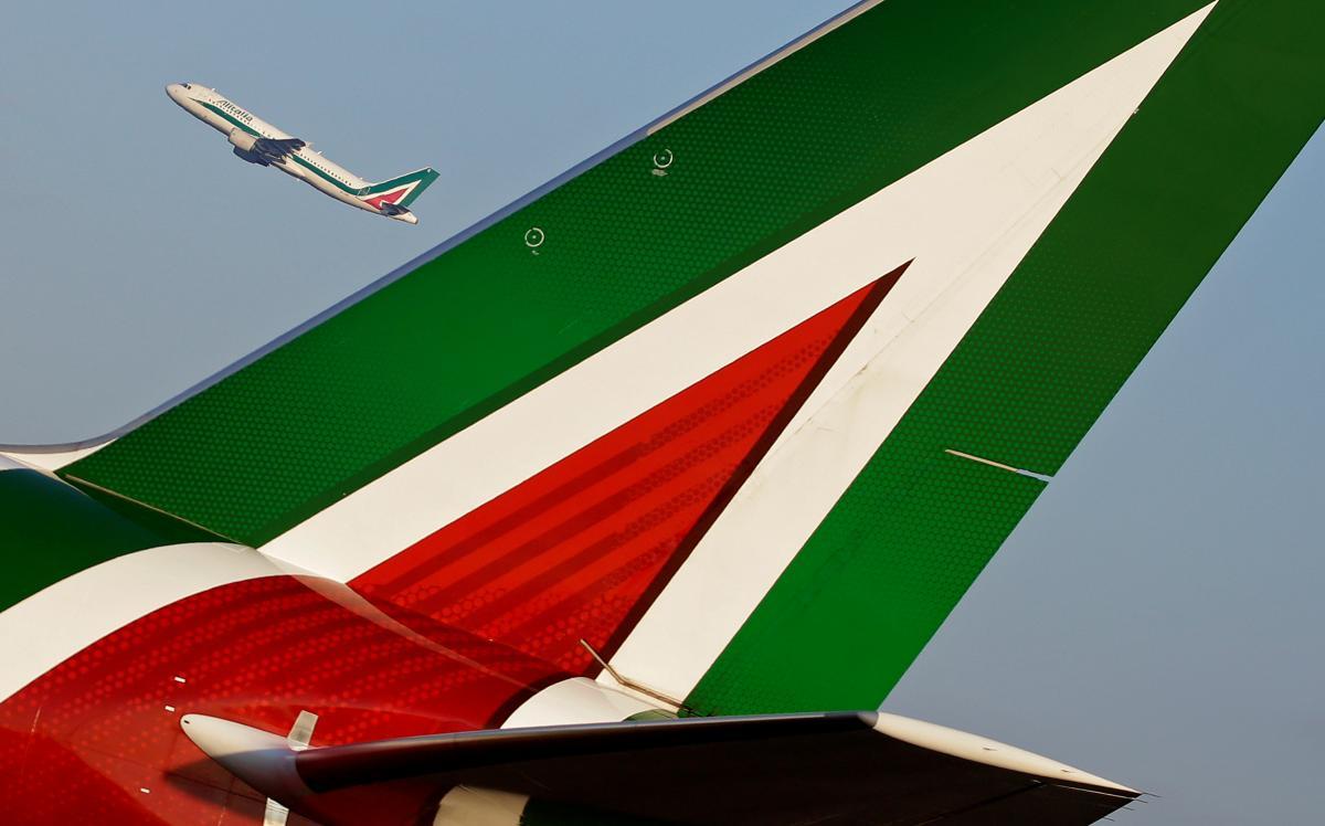 Alitalia запускає рейси тільки для протестованих на коронавірус пасажирів