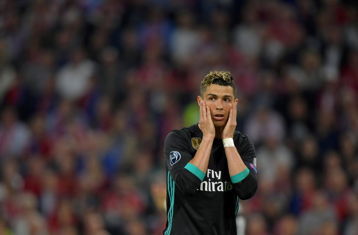 Криштиану Роналду не может договориться с испанскими налоговиками/ REUTERS