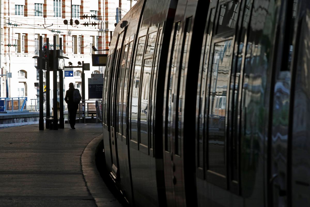 Городской транспорт в Европе дорогой, но удобный / Иллюстрация REUTERS