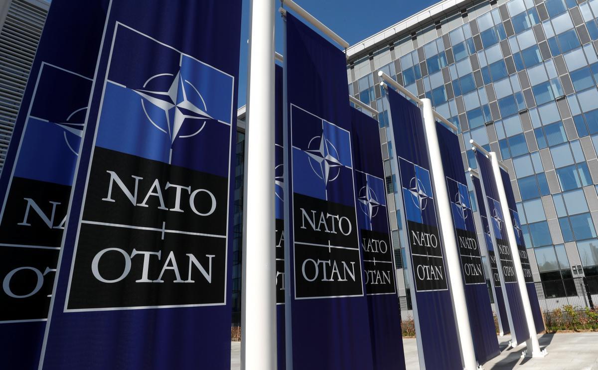 Экс-командующий сил НАТО дал советы, как ответить на действия России у украинской границы / фото REUTERS