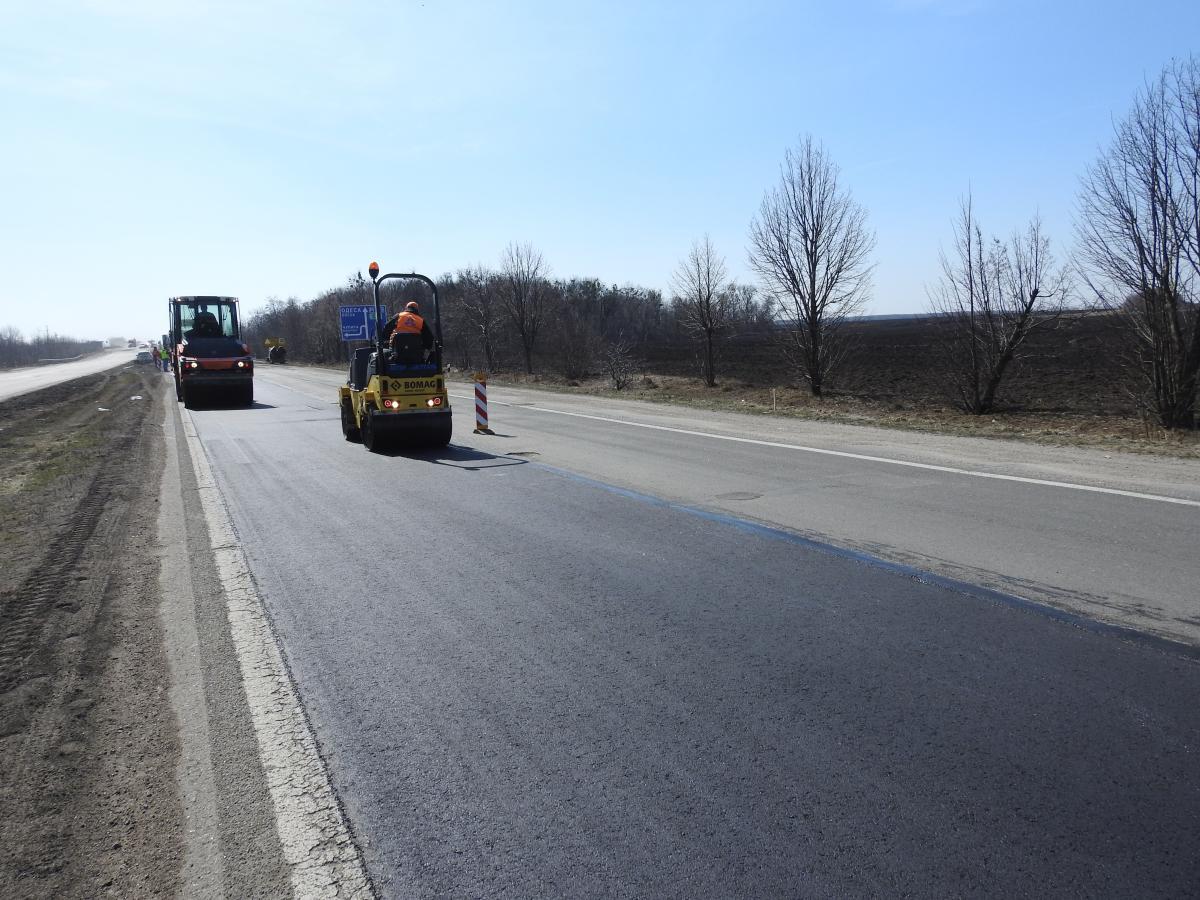 В этом году планируется отремонтировать 108 км дороги Львов - Умань / фото ukravtodor.gov.ua
