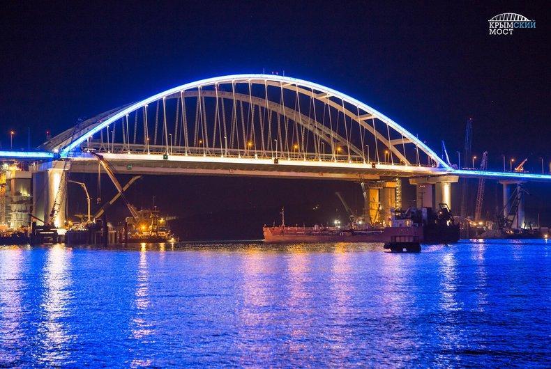 Компанії з Нідерландів потрапили під слідство за Кримський міст / фото most.life