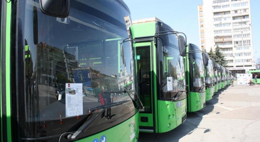 В Житомир прибыли 17 новых автобусов МАЗ, закупленных в лизинг за счет городского бюджета (фото)