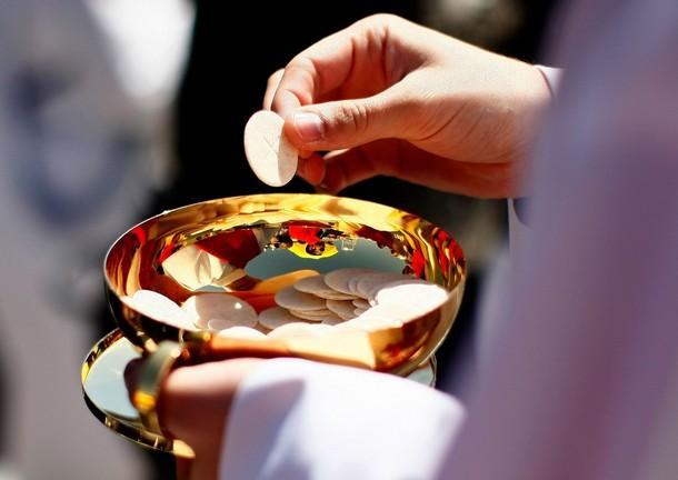 Кардиналы РКЦ обсудят вопрос о допущении к причастию не католиков / outsidethebeltway.com