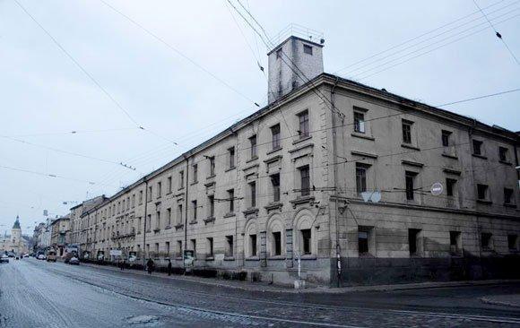 Монастырь бригидок сегодня является действующим Львовским следственного изолятора / gazeta.ua