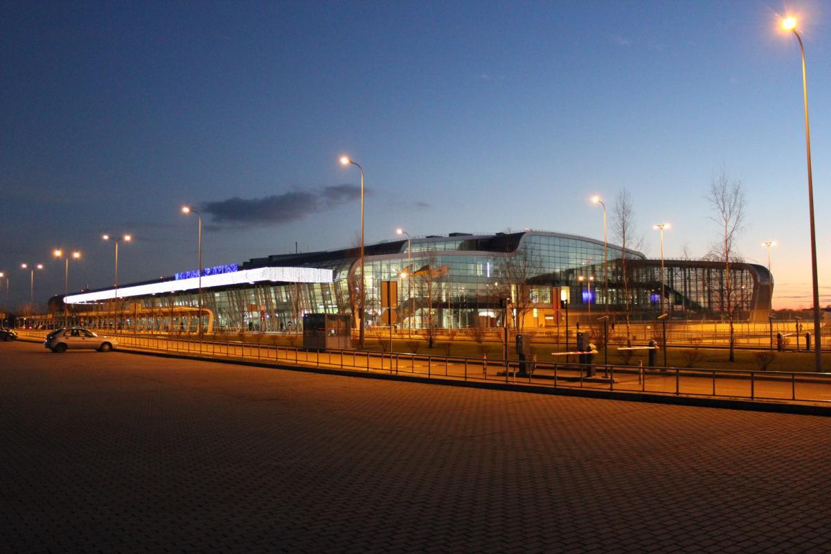 В аеропорту Львова повідомили про затримку на кілька годин чартеру авіакомпанії Anda Air із Туреччини / фото facebook.com/LvivAirport