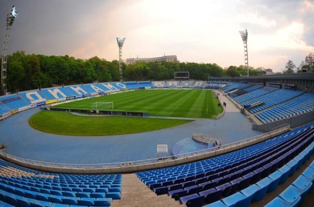 Как на футбольном поле появился свисток / фото stadiums.at.ua