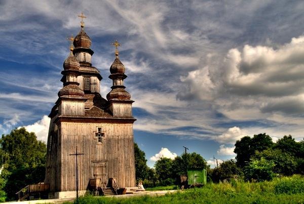 Георгиевская церковь в Седневе / stezhkamu.com