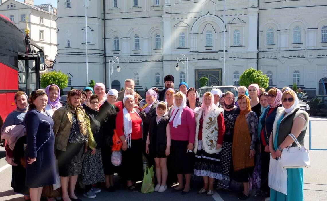 Матери погибших военнослужащих молились в Почаевской лавре / news.church.ua