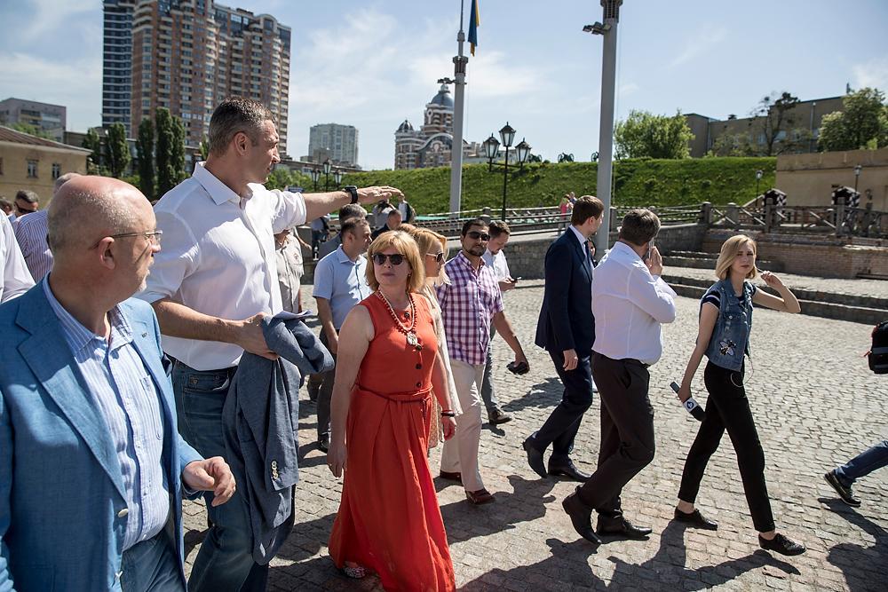 Кличко проінспектував низку локацій, де відбуватимуться заходи до фіналу ЛЧ / фото kiev.klichko.org