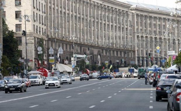 Через репетицию на проспекте Победы возникли заторы \ УНИАН