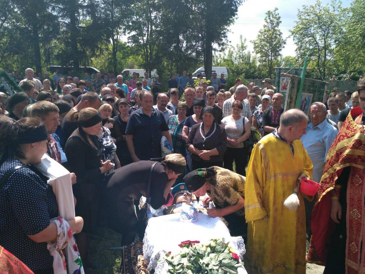 У погибшего остались родители и сестра / orthodox.vinnica.ua