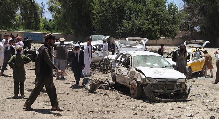 Теракт в провинции Хост в Афганистане / dw.com