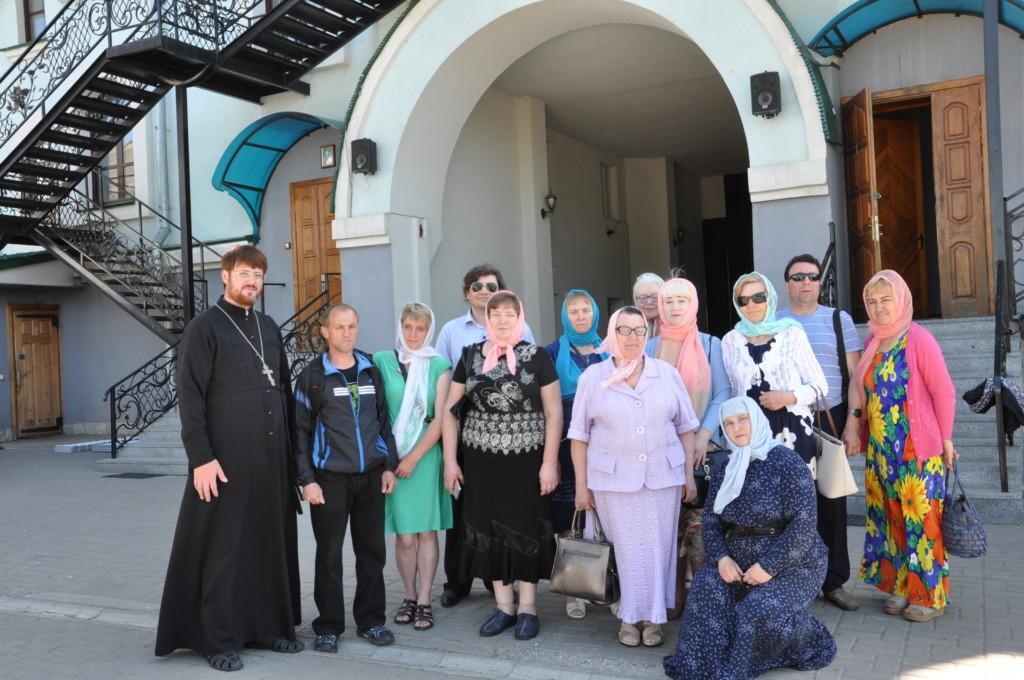 Представители Украинского общества слепых посетили святыни Ровенской области / rivne.church.ua