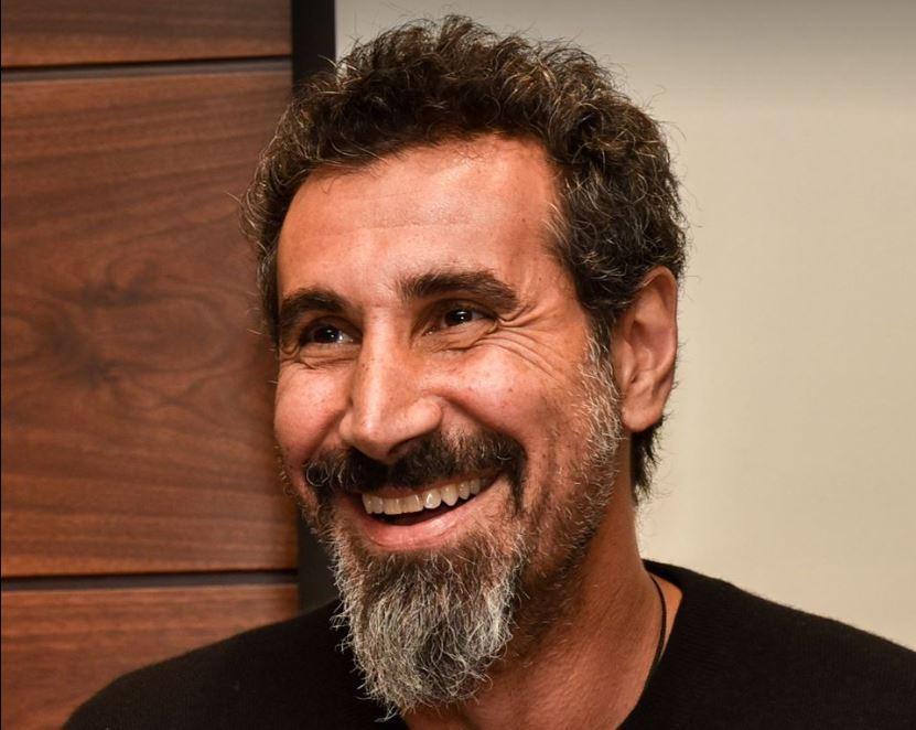 Солист System ofaDown Серж Танкян выступит перед митингующими вЕреване