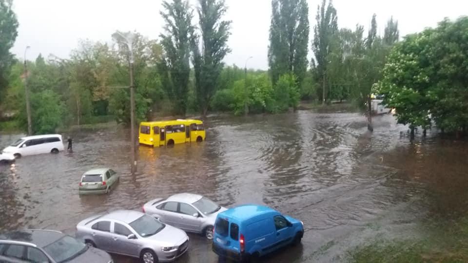 Наслідки зливи у Черкасах / www.facebook.com / Рома Зайцев