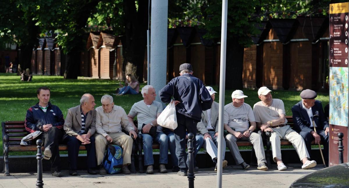 Переселенцам обещают выплатить пенсии в полном объеме / фото Юрий Шульгевич