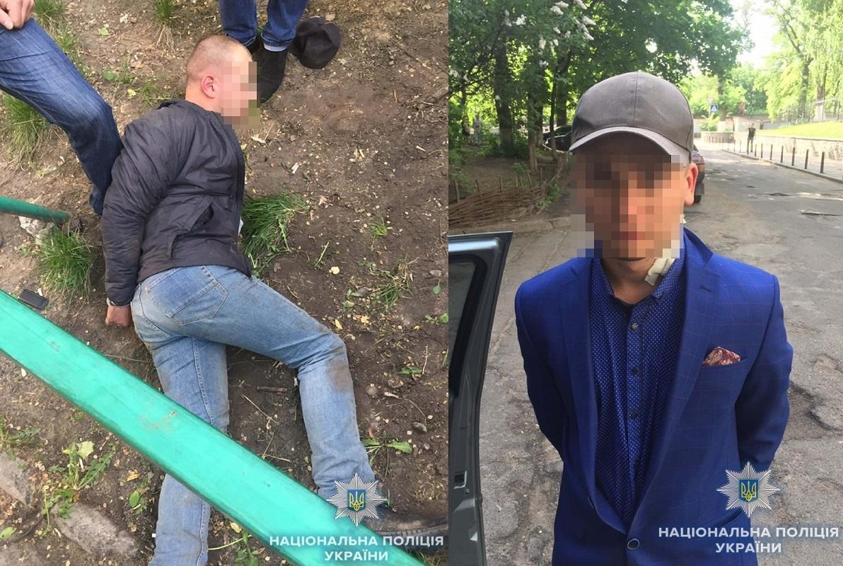 Во время бегства один из правонарушителей применил оружие в сторону полицейских / Фото kyiv.npu.gov.ua