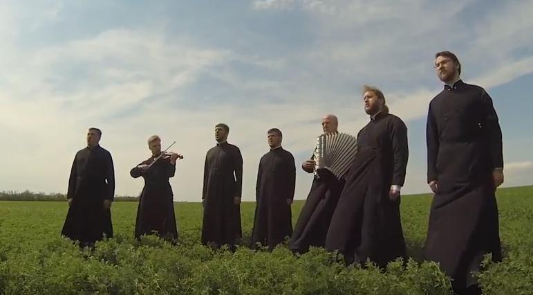 Священники спели песни военных лет / eparhiya.od.ua