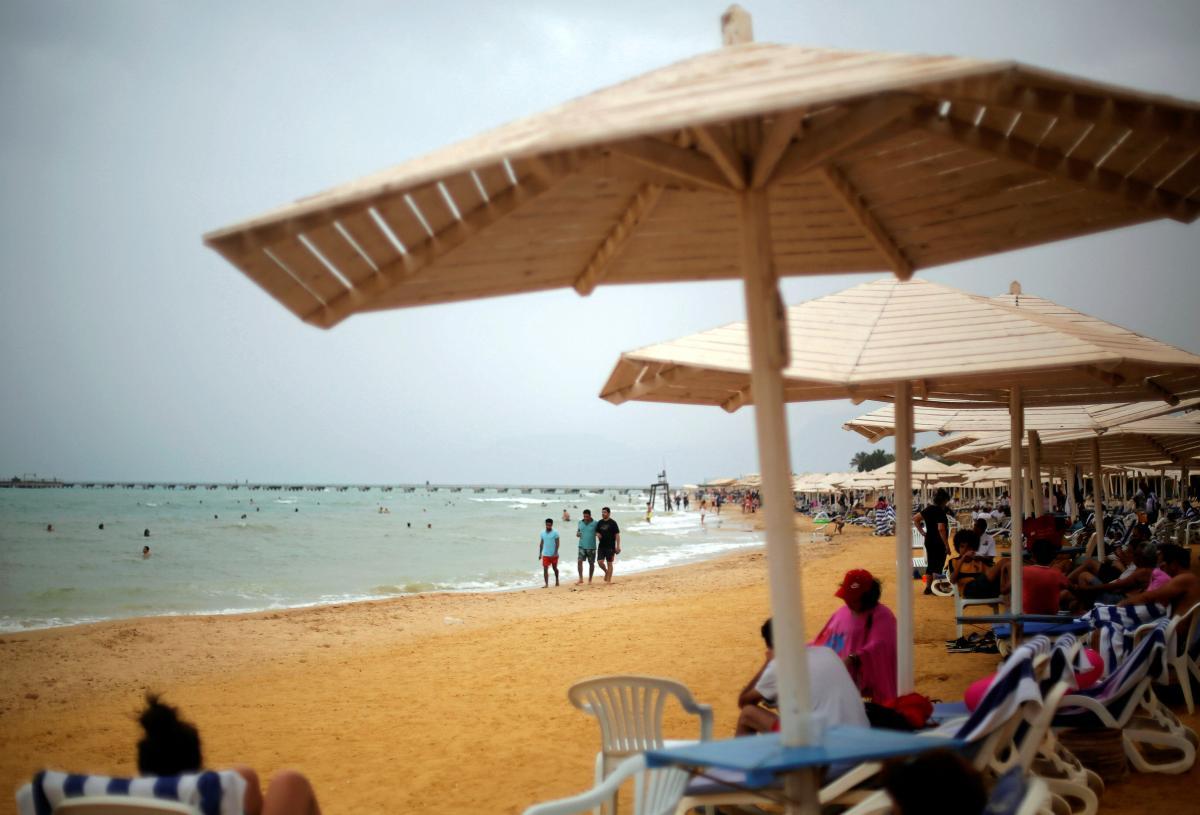 Многие отели в Египте имеют собственные пляжи / Иллюстрация REUTERS