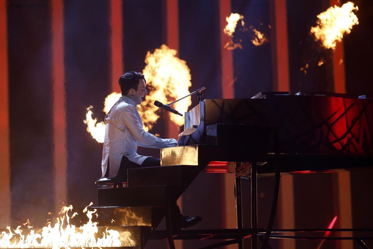 MELOVIN с песней Under the Ladder / REUTERS