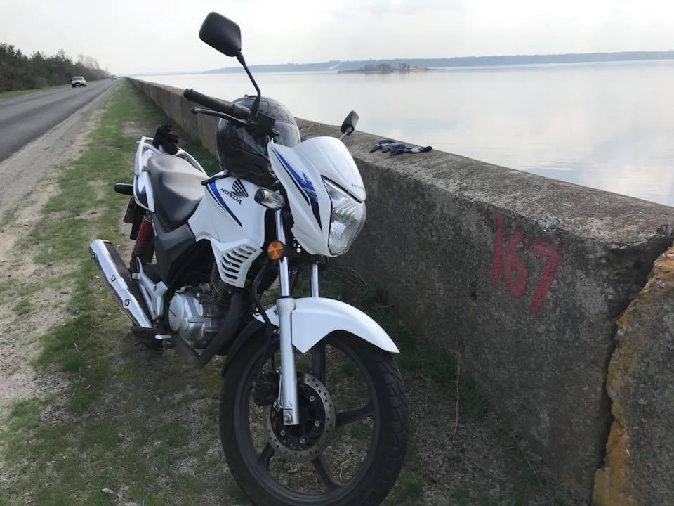 Брат Найема опубликовал фотографию своего мотоцикла / фото Masi Nayyem, Facebook