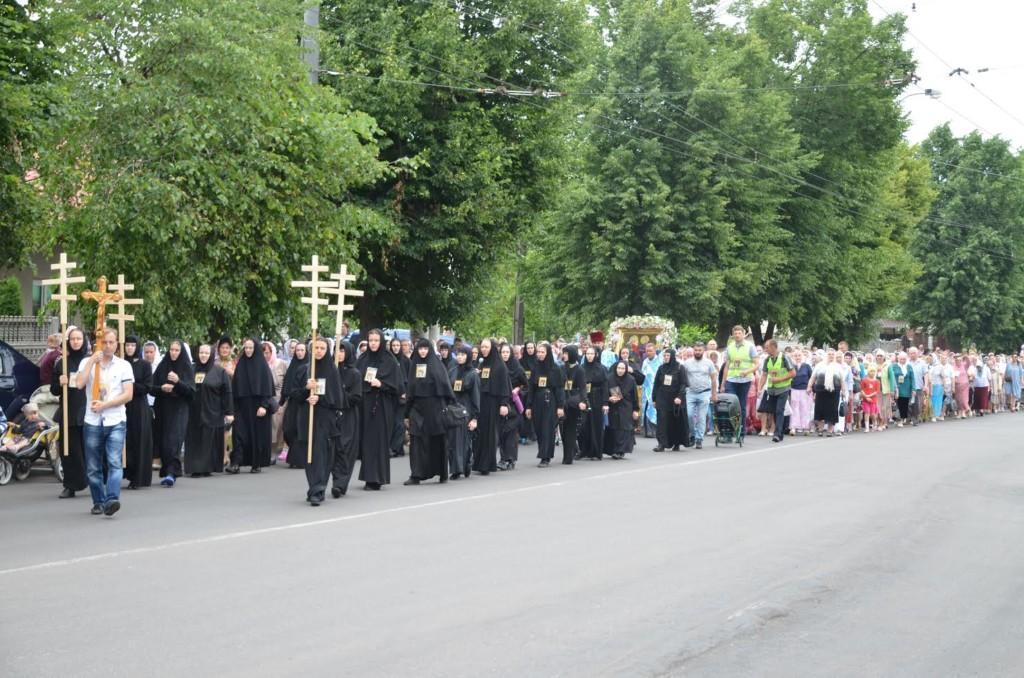 Крестный ход преодолеет за шесть дней расстояние в 120 километров / rivne.church.ua