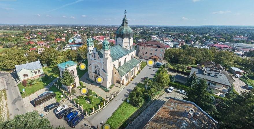 Бывшие верующие этого прихода проживающие не только в Польше / szlak.maryjny.pl