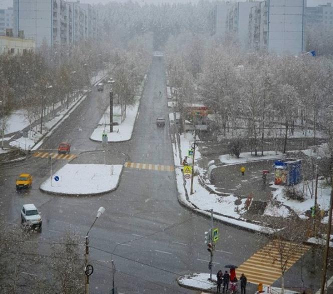 Снег выпал в России на севере Амурской области в городе Тында / фото instagram.com/aleksandrova__olya