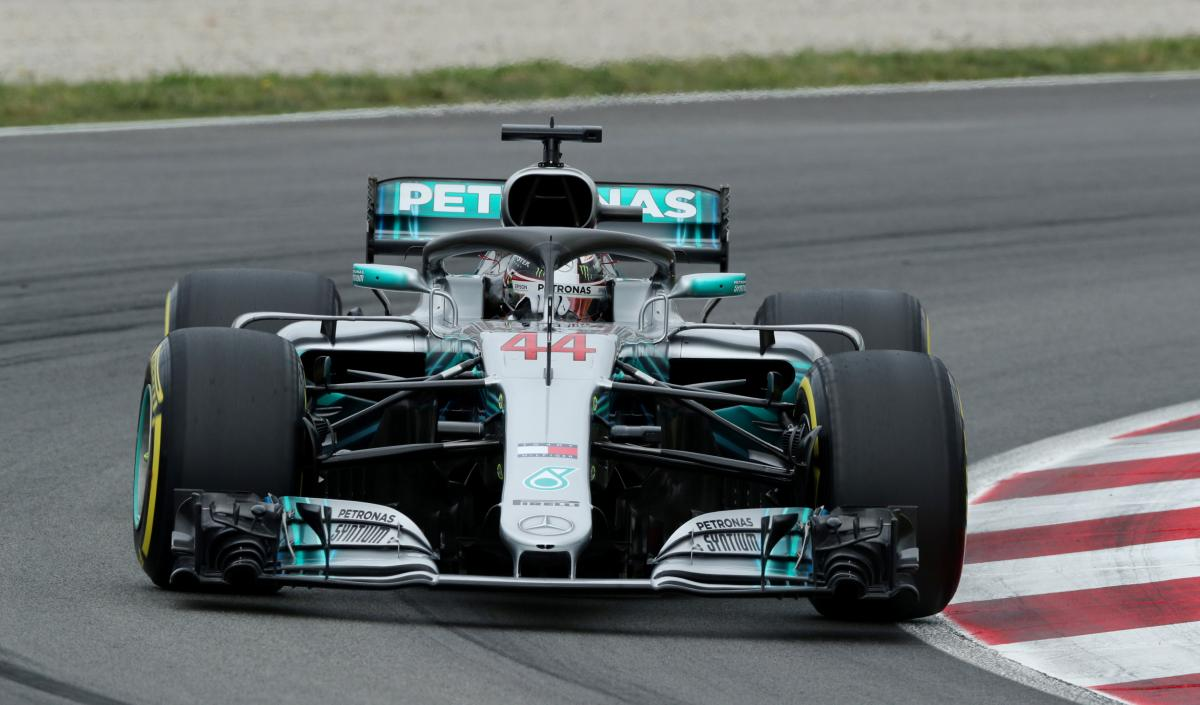Хэмилтон выиграл квалификацию Гран-при Испании / Reuters