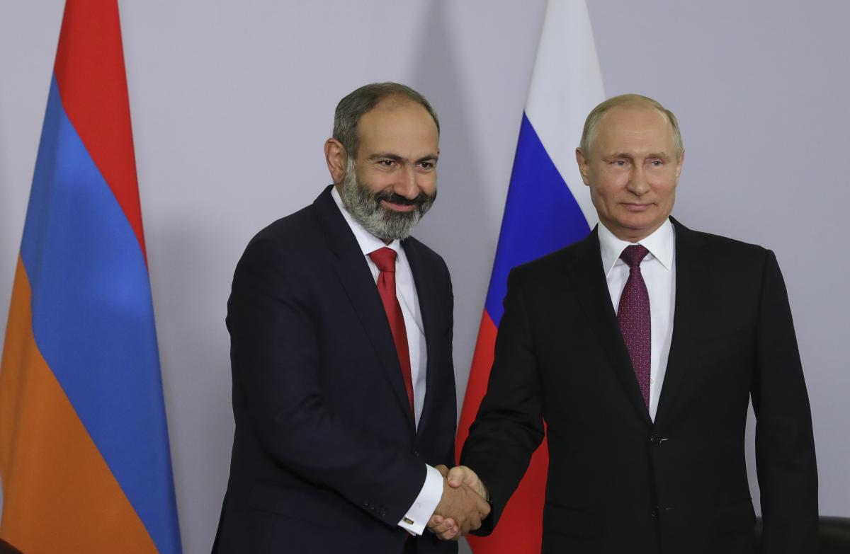 Нікол Пашинян і Володимир Путін / REUTERS