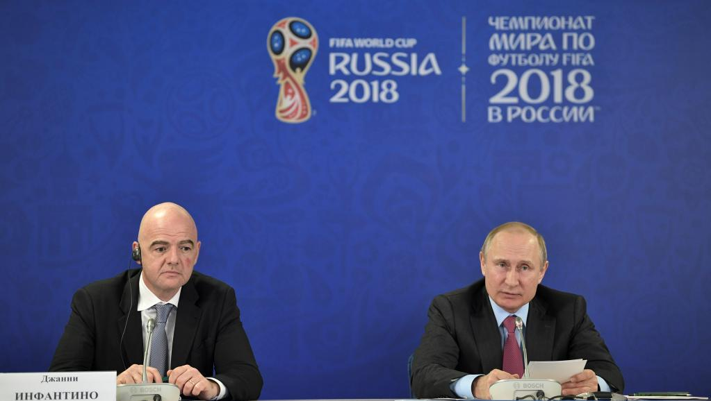 Президент ФИФА Джанни Инфантинои Владимир Путин / REUTERS