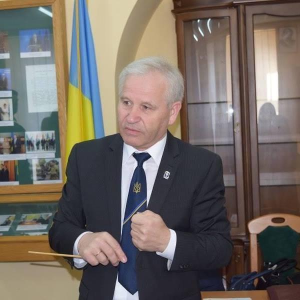Комиссия считает, что действия Марущинцаявляются несовместимыми с дипломатической деятельностью / фото Facebook Василия Марущинця