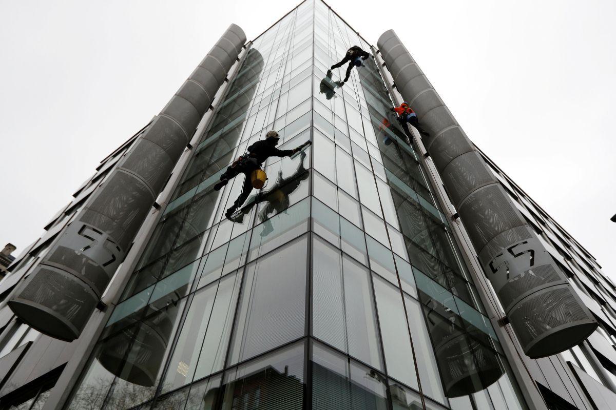 Офис Cambridge Analytica в Лондоне / REUTERS