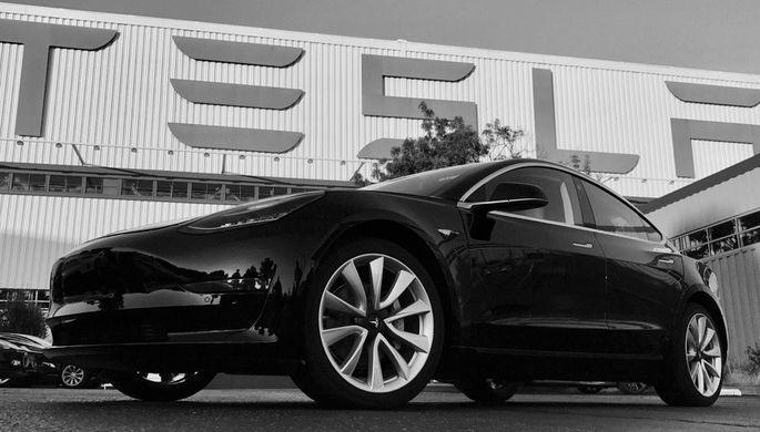 Член руководства Tesla перешел к соперникам после новейшей трагедии электрокара