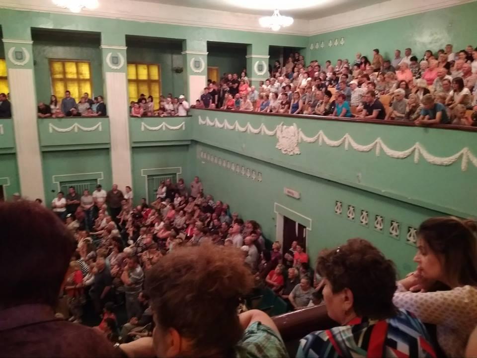 Громада Узина домоглася скликання позачергової сесії міськради / Фото mykyivregion.com.ua