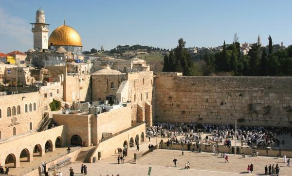 У Єрусалимі в зв'язку з відкриттям посольства США заборонили азан / islam-today.ru