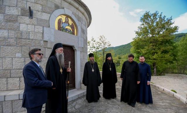 Митрополит Антоний почтил память сербских новомучеников на месте их расстрела / boryspil-eparchy.org